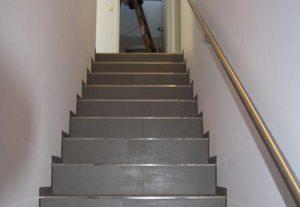 Stuck-Becker-Treppe-vor-Renovierung