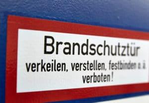 Funktionstüren Bonn: Brandschutztür (Aufkleber)