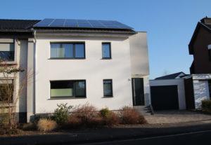 Putz Bonn: modernes Haus verputzt
