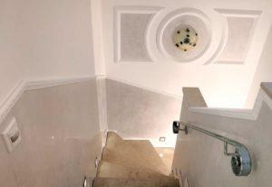 Putz-Arbeiten in Bonn: Treppenlauf