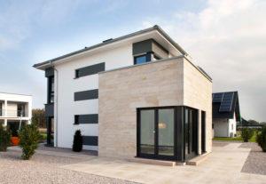 Wärmedämmung Bonn: Fassade eines modernen Hauses dämmen